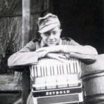Findeli André et son fidèle accordéon